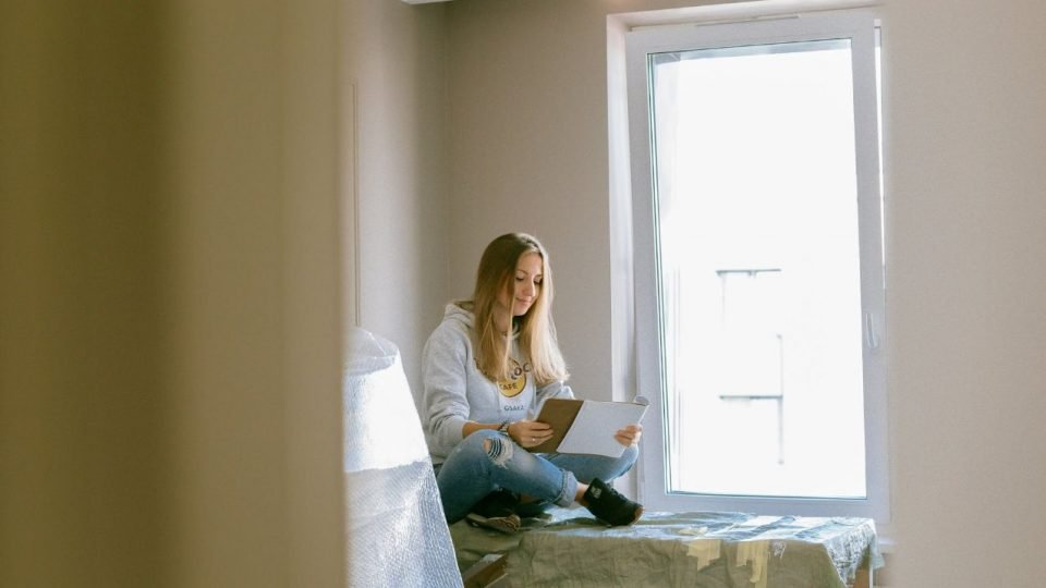 Reading A Book Loudly To Study In Less Time For Exams