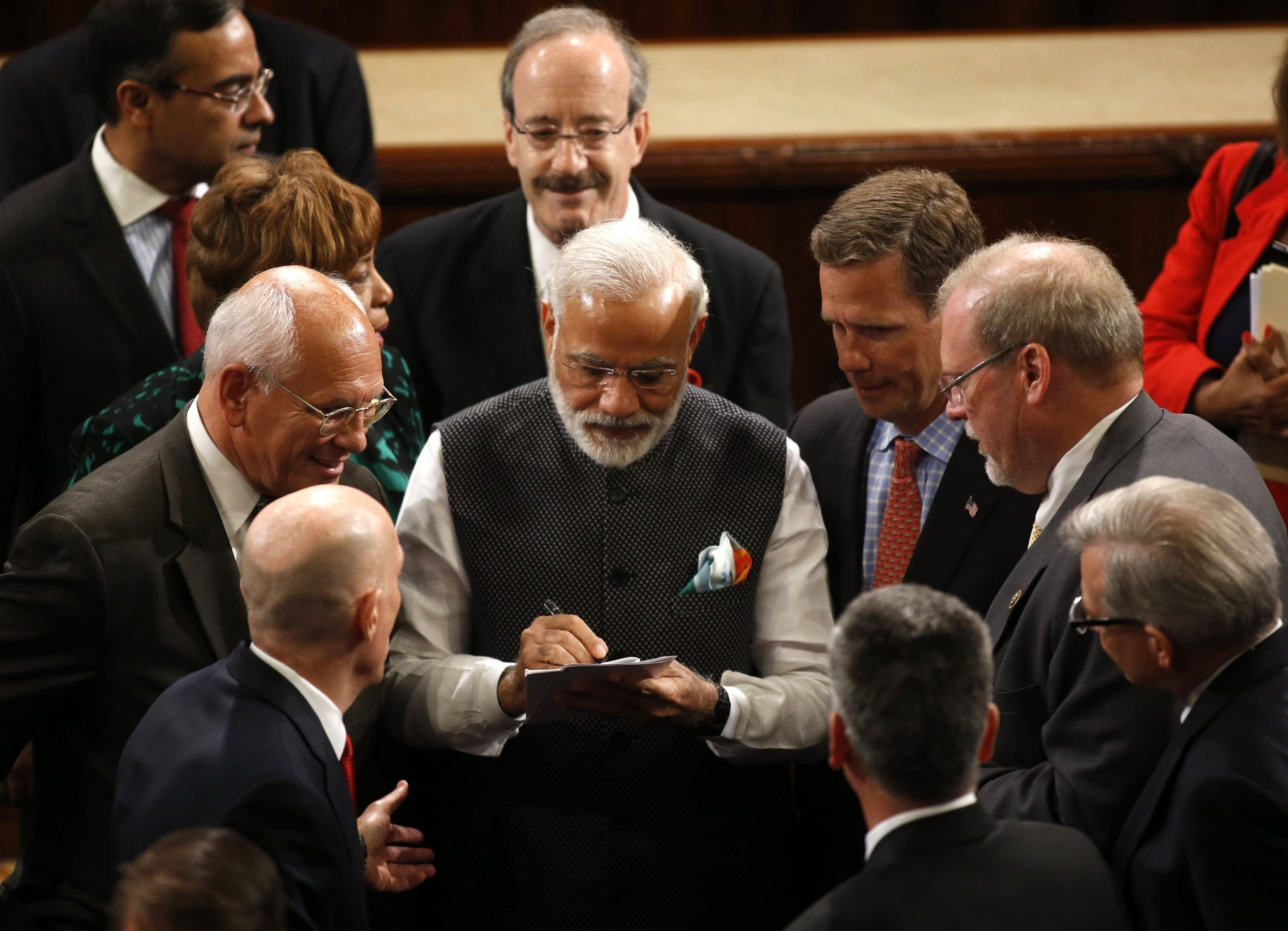 Modi signing the contract with the different ministers of the world - why hard work is important