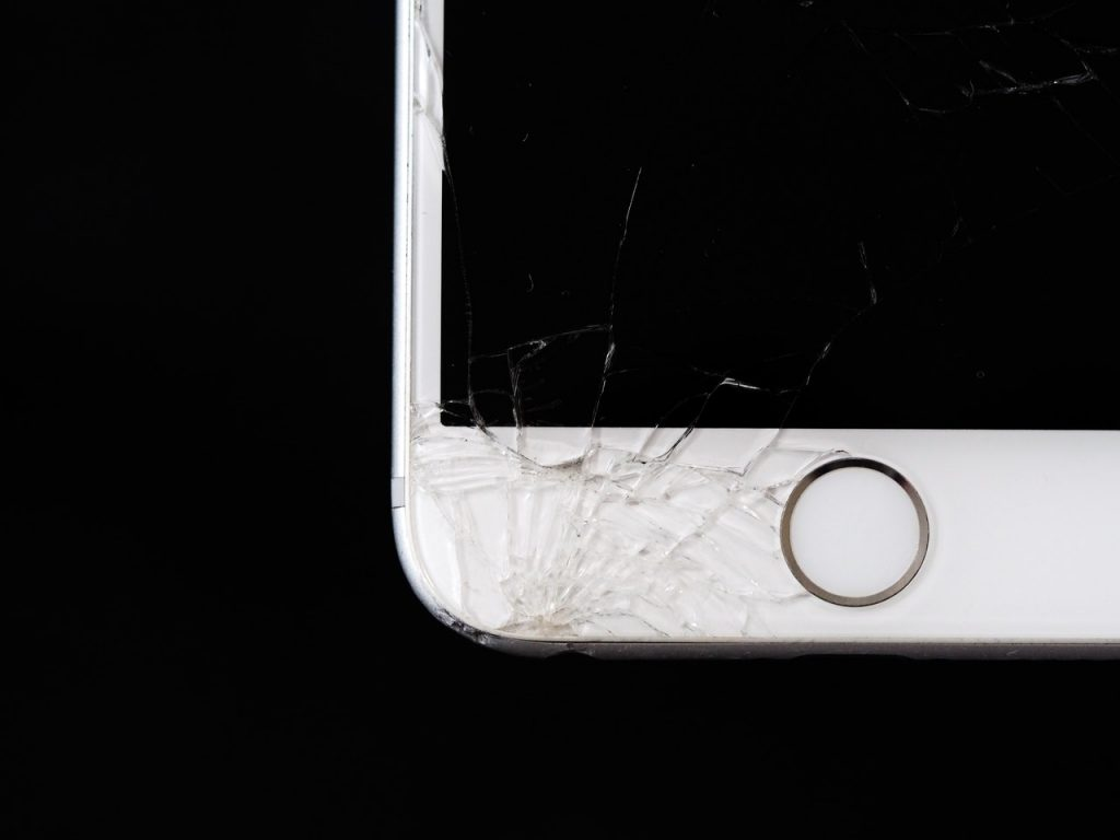 Why You Should Sell Your Mobile Phone Even If They are Broken?