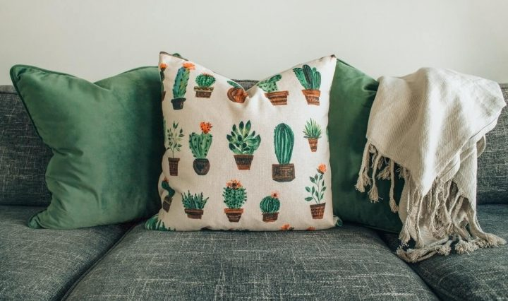 Tips To Make Your Own Decorative Pillow (1)