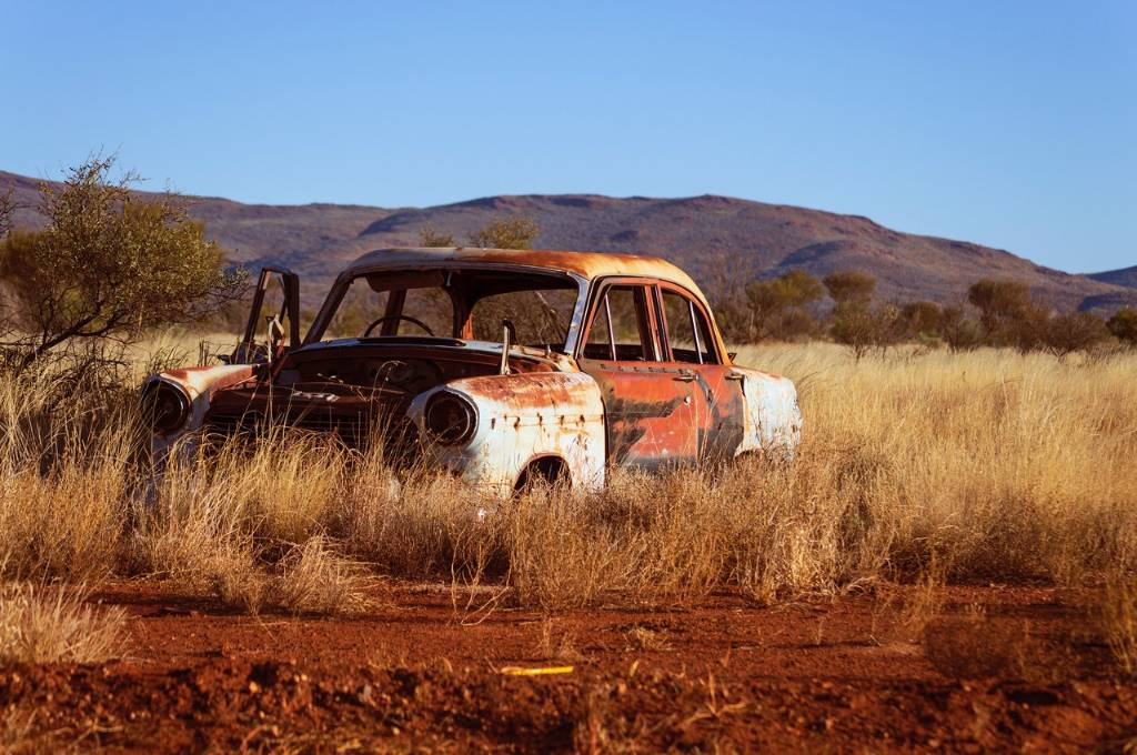 Simple Steps To Remove Rust From Your Old Car(1)