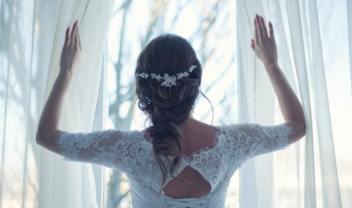 Pros And сons Of Two Wedding Dresses